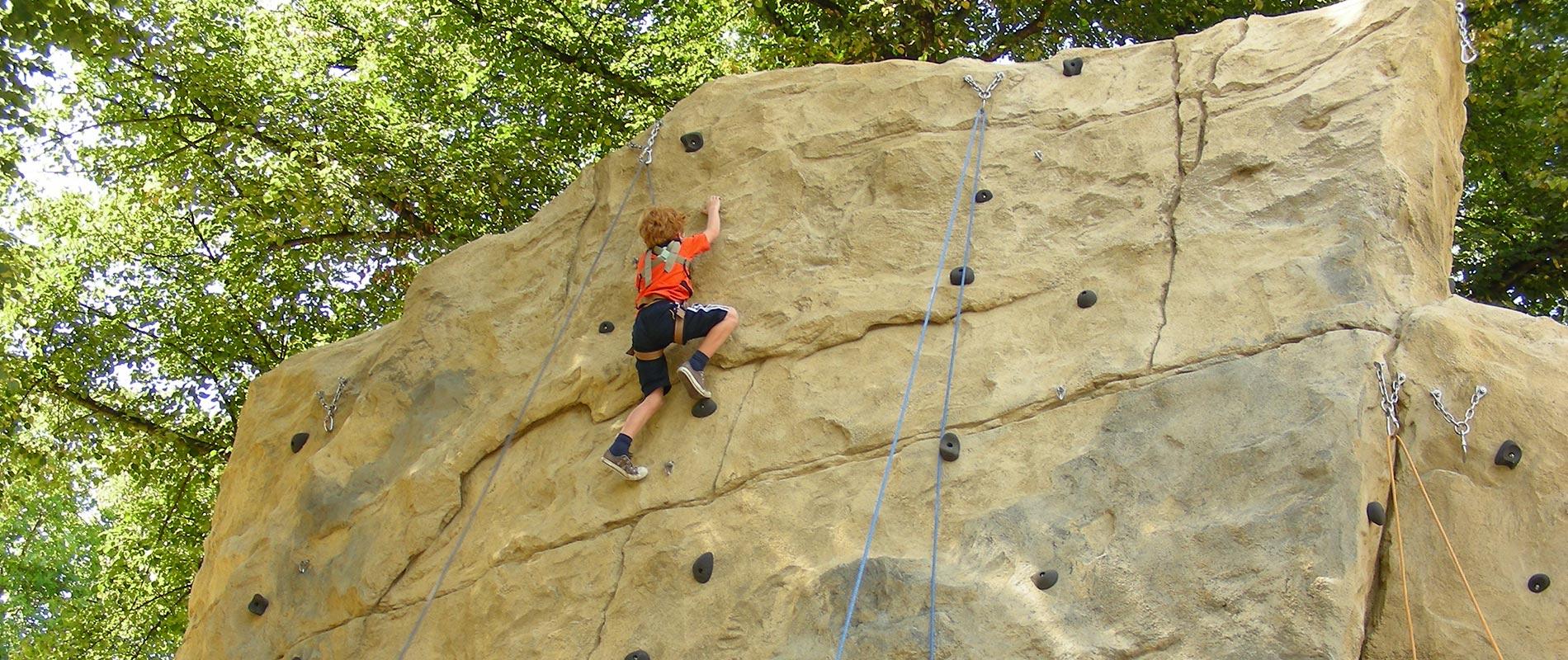 X-Move Kletteranlagen, Kletterfelsen, Boulderfelsen, Sportklettern - Planung und Umsetzung